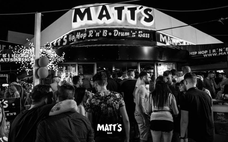matts bar the strip