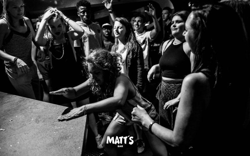 bar dancing albufeira